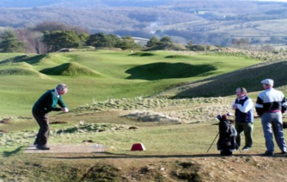 Painswick - 6th Hole